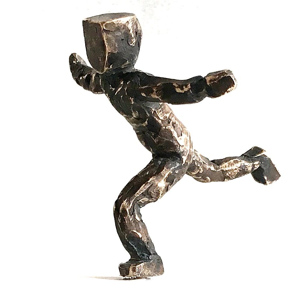 Bronzefigur der Künstlerin Utta Schäfer